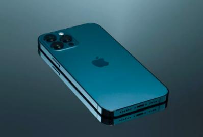 iPhone13有充电口吗 i
